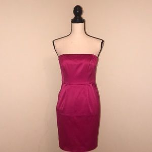 Hot Pink🎀Satin Strapless Dress by Express. Size 2